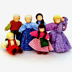 Dollhouse Family (Evi Dolls)