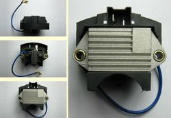 12V Valeo-Paris Rhone Auto Voltage Regulator IP125