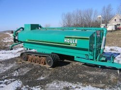 Houle 5300 Top Load Liquid Manure Spreader With Bron Tracks
