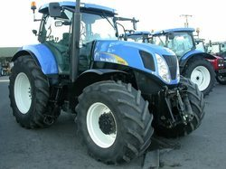 2007 New Holland 7050 Agricultural Tractor