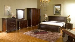 Grand Bedroom Set