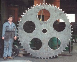 Mill Chain-Torch Cut-Engineered Sprockets