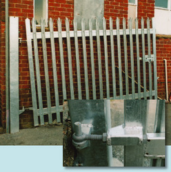 Self Rising Hinges Gates